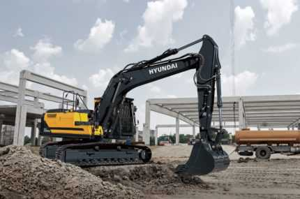 Hyundai HX220AL excavator