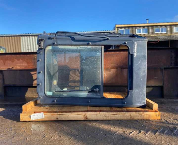 Yanmar VIO55 Cab (damaged)