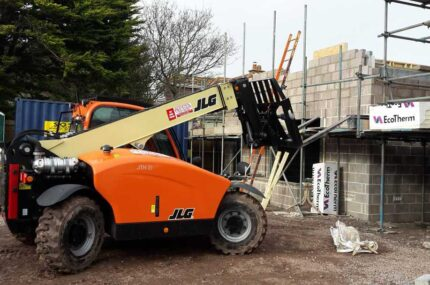 JLG machinary in action