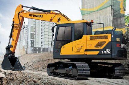 Hyundai HX140L digger