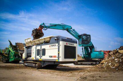 Kobelco SK210LC crawler excavators