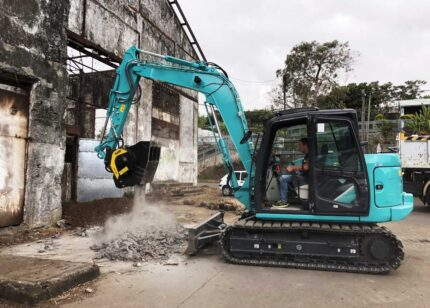 Molson appointed UK distributor of MB Crusher attachments