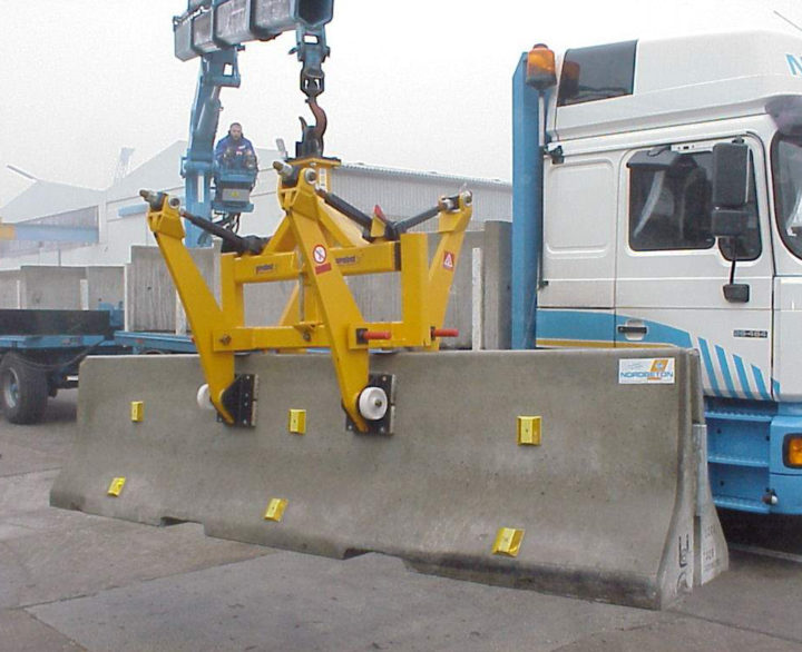 Probst Concrete Highway Divider Clamps